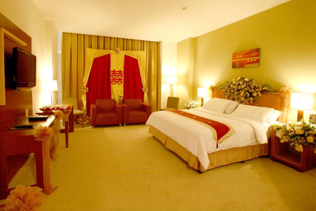 Swiss-Belhotel Maleosan Manado****