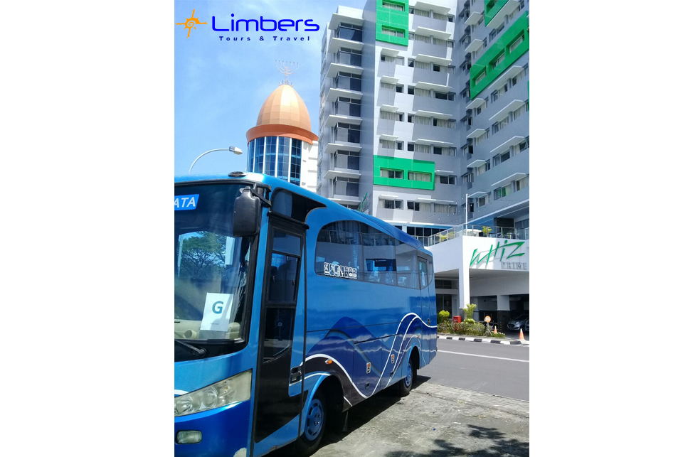 Bus 29 seats Standby @Whiz Prime hotel